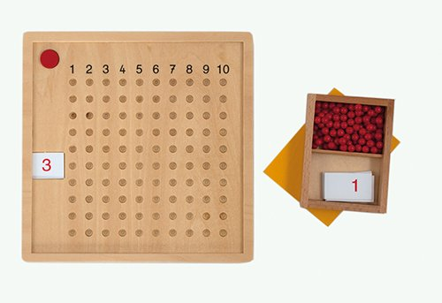 Kleines Multiplikations-Brett 112-tlg., in Holzbox